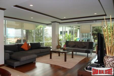 Luxurious Two Bedroom Sea View Condo near Karon Beach