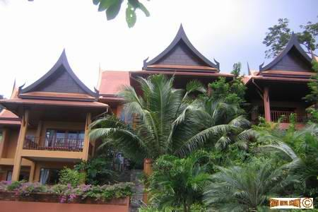 New, 3 bedroom luxury Villa in Patong