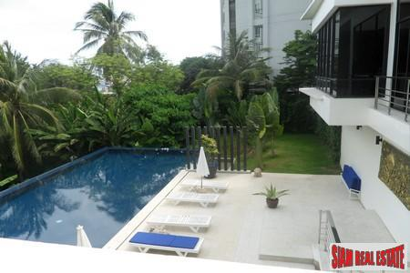 Chic One Bedroom Apartment in a Tropical Karon Development