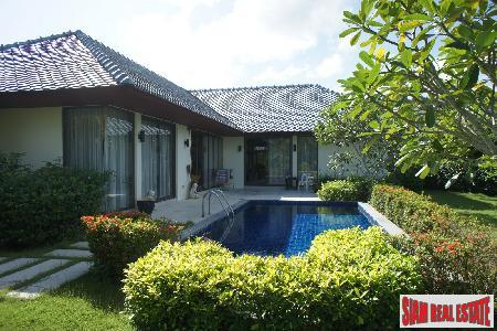 Luxury Two Bedroom Pool Villa with Large Garden Near Rawai Beach