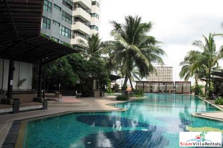 Exclusively furnished condominium for rent, on South Sathorn Road, 17th floor with balcony, Silom Sky train station