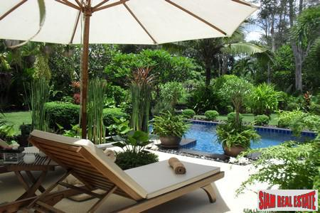 Lakeview 3-4 Bedroom House with Private Pool in an Exclusive Chalong Estate
