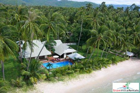 Stylish Beachfront Pool Villa with Three or Four Bedrooms at Laem Sor Beach, Samui