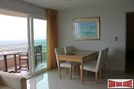 Beachfront 2 bedrooms  condominium 3