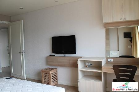 1 bedroom condominium only few 11