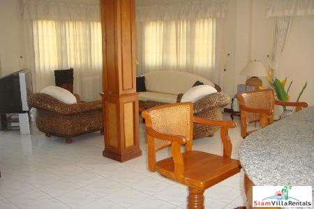 3 bedrooms villa with private 3