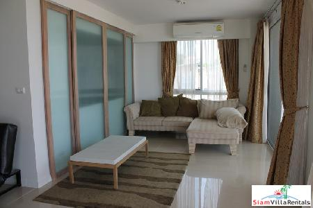 2 Bedroom condominium with sea 5