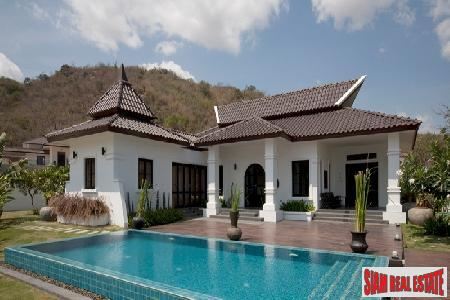 Luxurious Villas with 5 Star 5