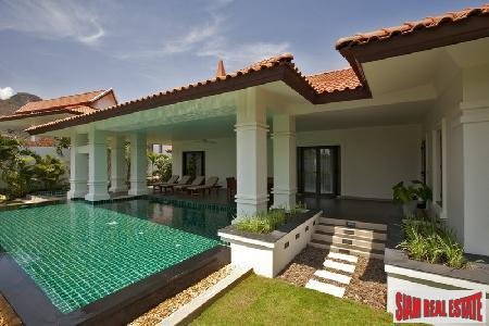 Luxurious Villas with 5 Star 9