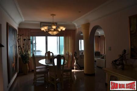 Fully Furnished One Bedroom Apartment 6