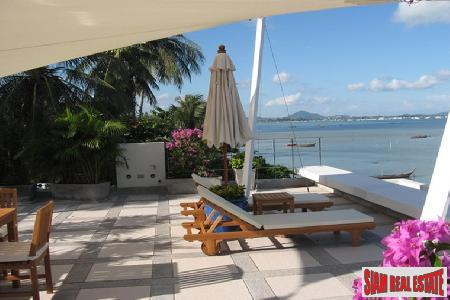Luxury 2 Bed Absolute Beach 10
