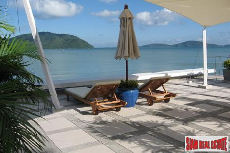 Luxury 2 Bed Absolute Beach 12