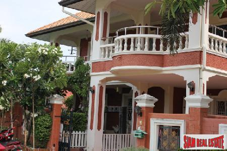 Large 3 Bedroom House With Private Garden - South Pattaya