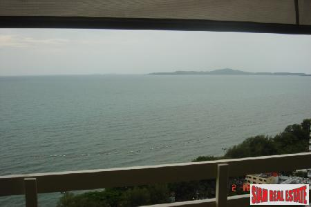 One Bedroomed Apartment In Ideal Location With Great Views - Jomtien