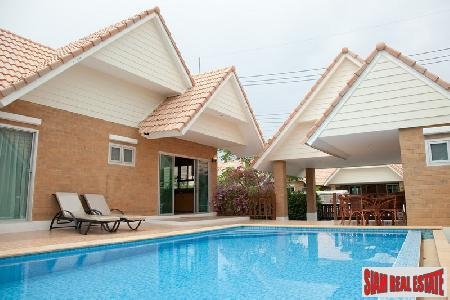 3 bedrooms house with private swimming pool for sale.