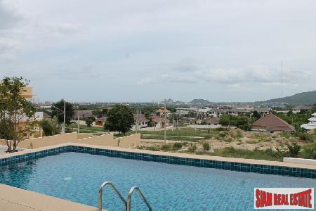 3 bedroom house with panoramic moutain and sea views for sale.