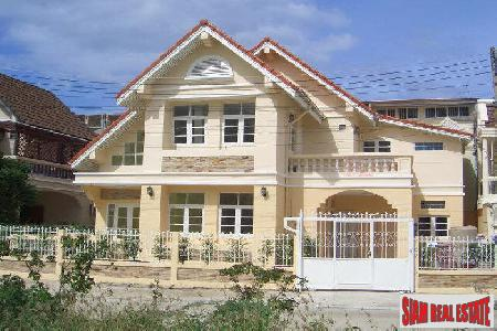 2 Storey house for sale only 200 meter to the beach.