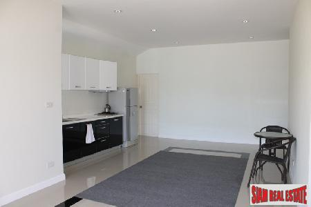2 bedroom house close to 4