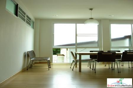 Sukhumvit 24 - Three Bedroom, Three Bath for Rent Short Walk To Asoke BTS Station.
