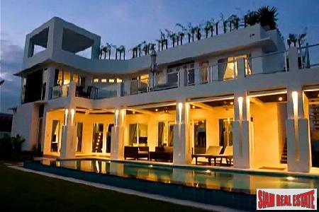 4 Bedroom Modern House Furnished To The Highest Standards - Jomtien