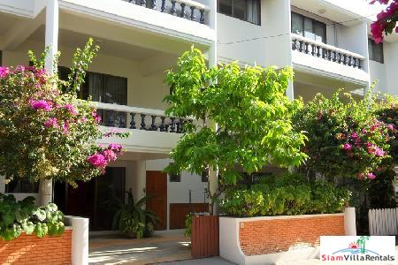 3 storey town house in Hua Hin town Centre.