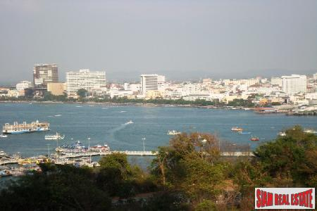 Three Bed Condominium, 200 Sqm Of Luxury With Stunning Sea Views - South Pattaya
