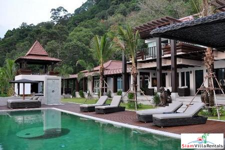 Five-Star, Balinese Sea View Villa in Kalim