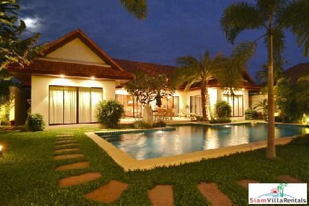 2 Bedroom Serviced Villa With Private Pool - Jomtien