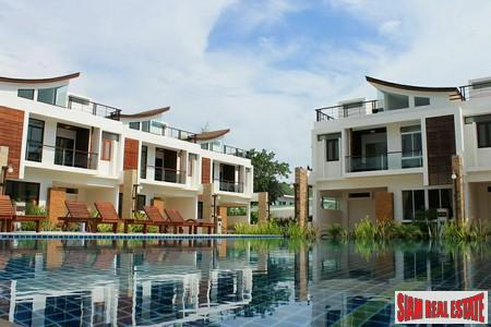 New Three-Bedroom Townhomes with Jacuzzi Roof Terraces in Rawai