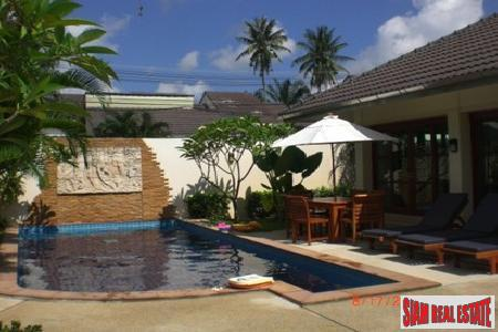 Balinese-Style Three-Bedroom Pool Villa in Kathu