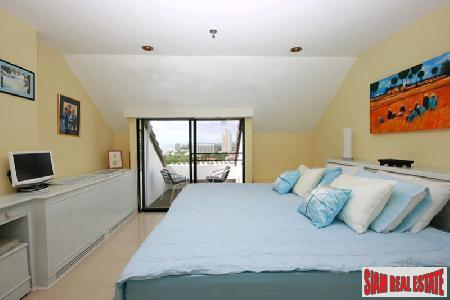 2 bedrooms condominium located on 6