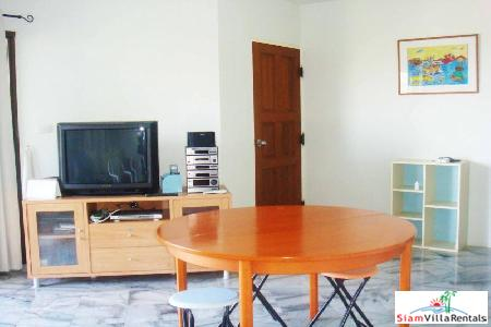 2 bedrooms condominium only few 3