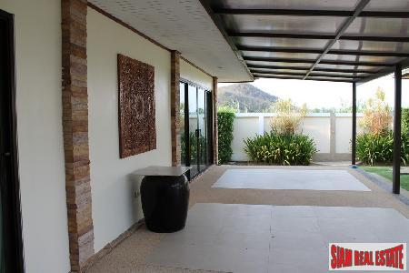 3 bedrooms villa with private 14