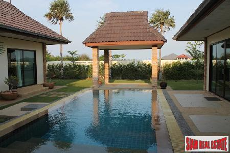 3 bedrooms villa with private 9