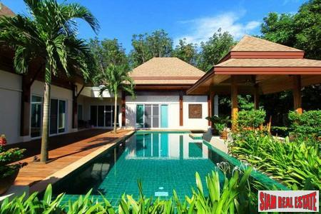 Modern-Balinese Three Bedroom Pool Villa in Koh Kaew