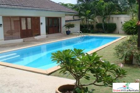 Spacious Three Bedroom Private Pool Villa in Kathu
