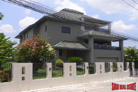 Four Bedroom House For Long Term Rent - Pattaya