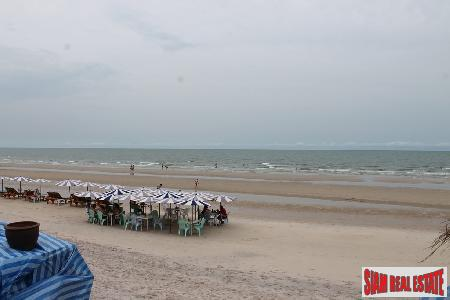 An absolute beach front land in the central of Hua Hin for sale.