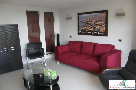 Modern 2 Bedroom Condominium At The Foot Of Pratumnak Hill, South Pattaya
