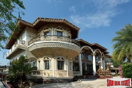 Contemporary European style castle with 6 Bedrooms - Pattaya