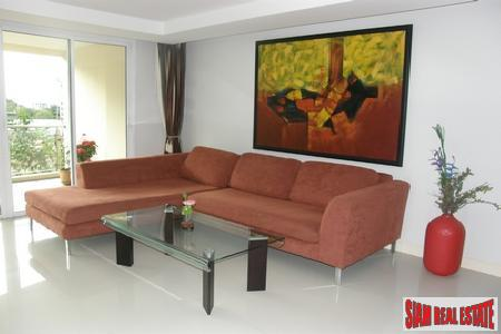 An exclusive, yet affordable 2 bedroom 2 bathroom condominium - South Pattaya