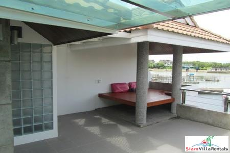 Marina-View 3 Bedroom Townhouse in 15