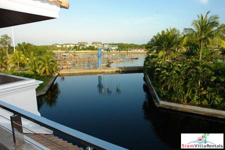 Marina-View 3 Bedroom Townhouse in 16