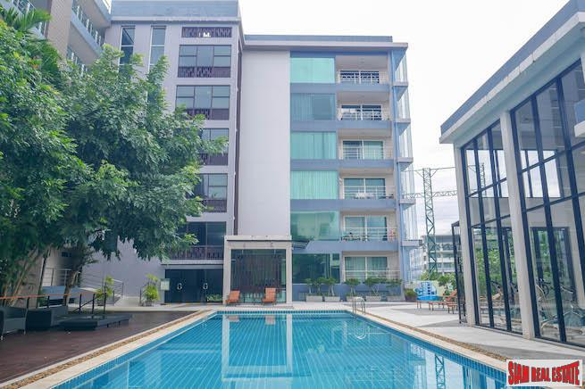 Modern, Two Bedroom Condo in Kathu Golf Estate
