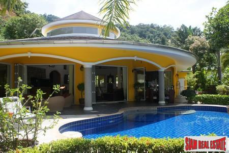 Impressive Tropical-Modern Two-Bedroom Pool Villa in Kathu