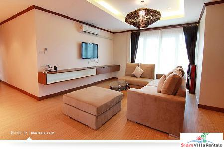 Pet Friendly, Stunning 3 bedroom 230 square meter luxury apartment in Ekkamai
