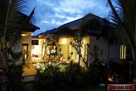 New,   single and two storey Villas Karon