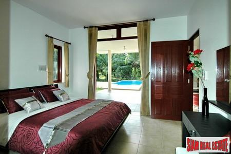 4 Bed Luxury Pool Villa 10