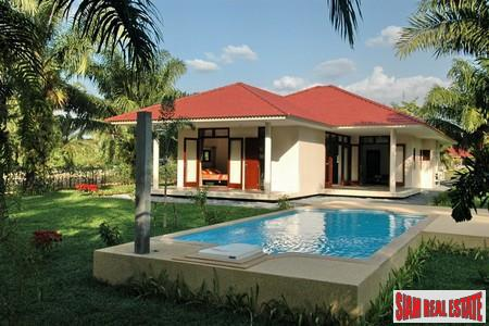 4 Bed Luxury Pool Villa 3