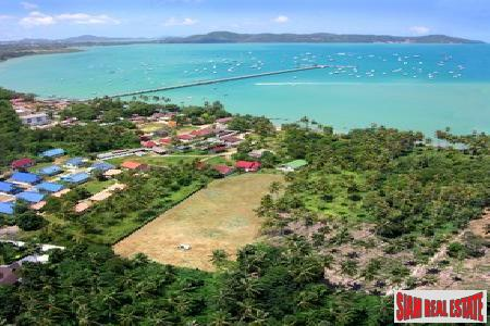 Prime flat-land in Chalong with sea views